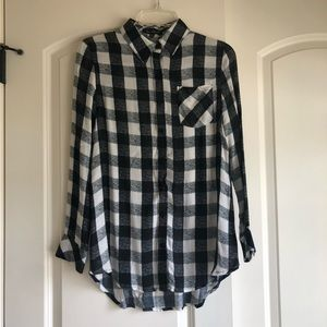 (LIKE NEW) checkered button front top